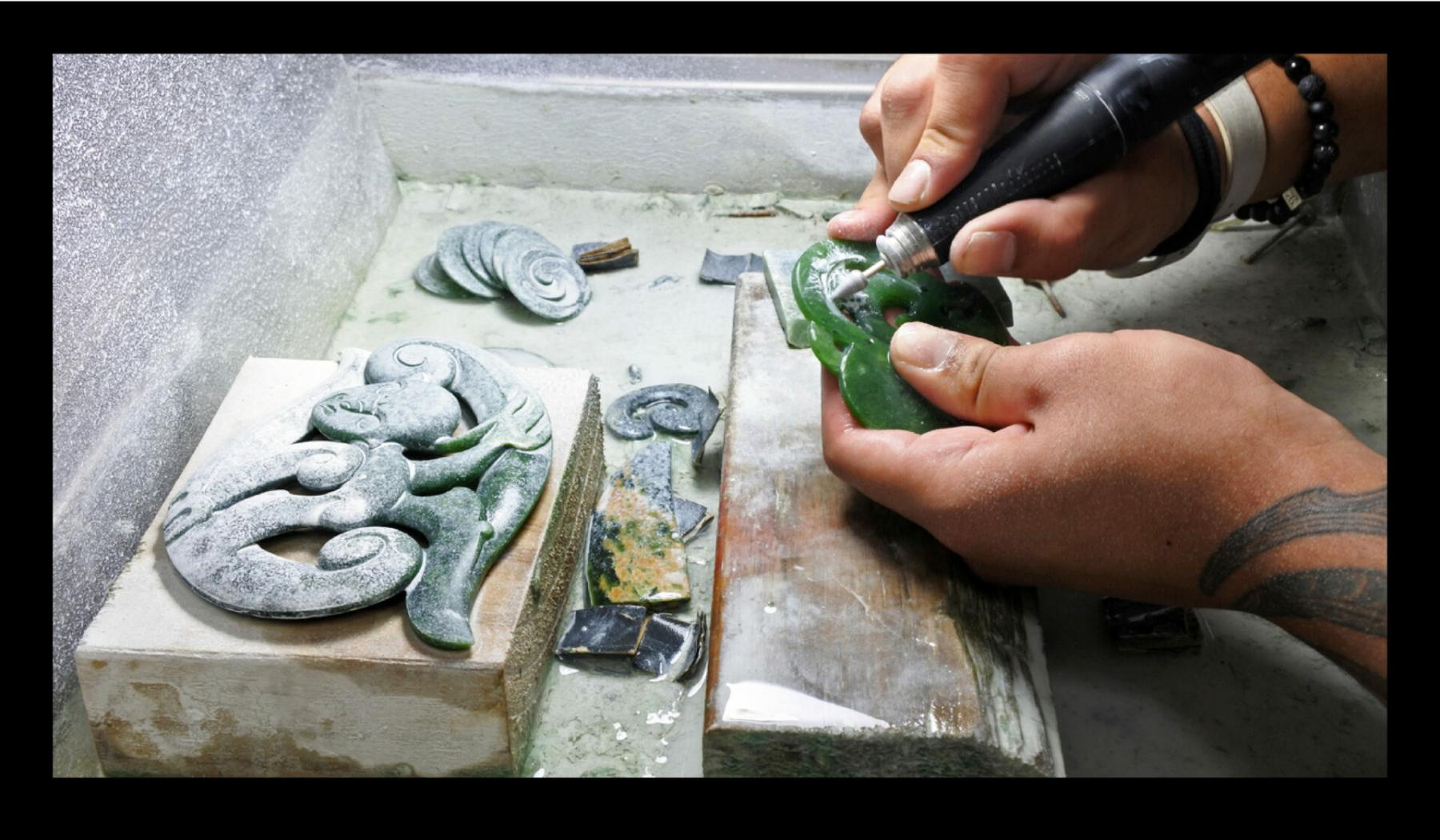 1.0 5479 ART RT Nelson Sculpture Award Website Images_AW_jr5